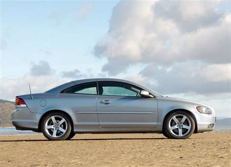 volvo c70 problems with roof review volvo mk 2 c70 convertible 2006 13