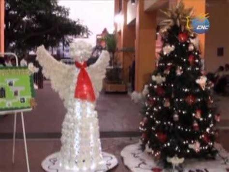 adornos navideos con reciclaje hacen adornos navide 241 os con material reciclado youtube