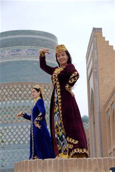 uzbek girl uzbekistan dance cultural pinterest girls and girl from chechnya region kavkaz wearing traditional