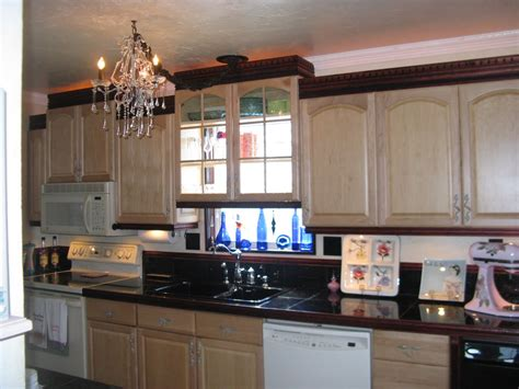 Manufactured Home Kitchen Cabinets by How To Paint Mobile Home Kitchen Cabinets Rustic Americana