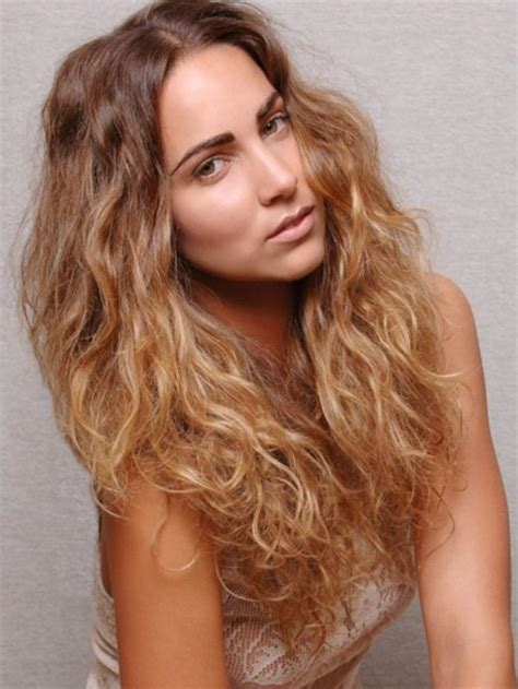 hairstyles for wavy hair images hairstyles for frizzy curly hair
