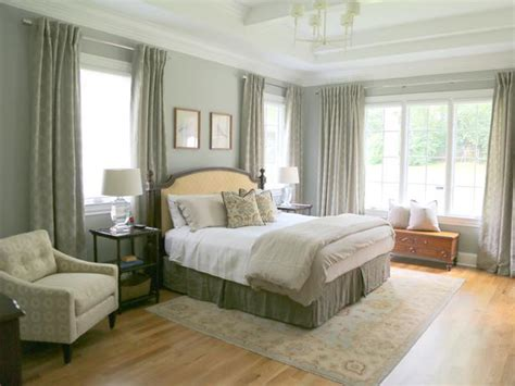 Light Green Bedrooms by Traditional Green Bedroom With White Ceiling Beams Hgtv
