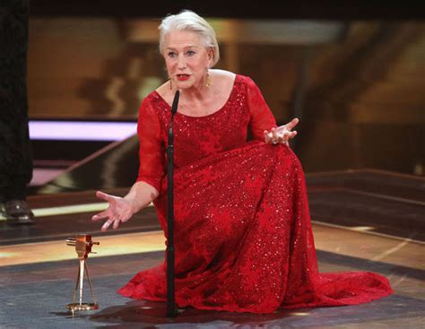 Did You Helen Mirren Carried Around 250000 At The Oscars by Major Malfunction Leaves Helen Mirren On The Floor At