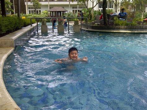 Kolam Renang Anak lapangan bola di belakang picture of aston bogor hotel and resort bogor tripadvisor
