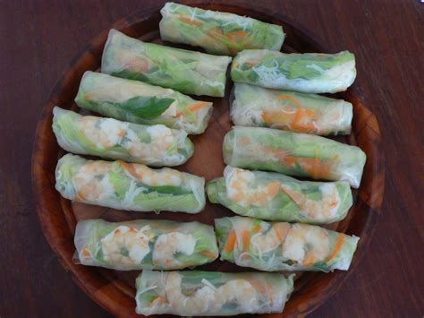 Rice Paper Rolls - food endeavours of the blue apocalypse rice