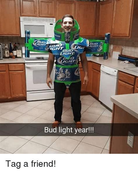 bud light vendor costume bud light year costume hooperswar com exaple