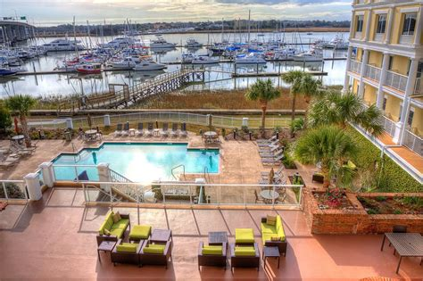 College Of Charleston Mba Review by Courtyard Charleston Waterfront By Marriott 2017 Room
