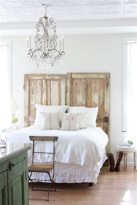 using an old door as a headboard 16 old doors used as dramatic headboard decoholic
