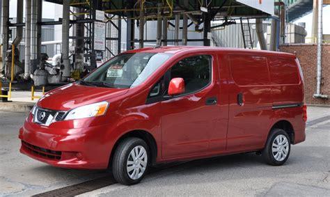 Capsule Review: 2014 Nissan NV200 SV Cargo Van