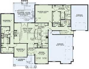 house plans one level house plan 82162 at familyhomeplans