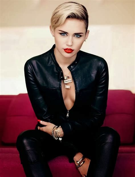 Style Miley Cyrus by Miley Cyrus In Fashion Magazine November 2013 Issue