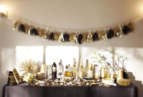 themes for new year house party easy last minute diy new year s eve party ideas