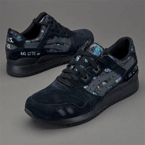 Sepatu Voli Asic Gel sepatu sneakers asics womens gel lyte iii black