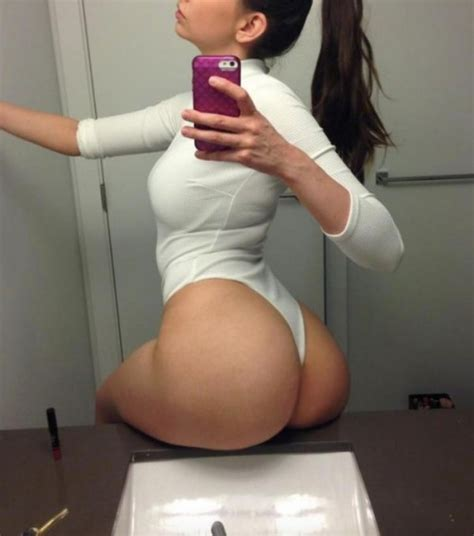 the butt on a shelf selfie is back fooyoh entertainment