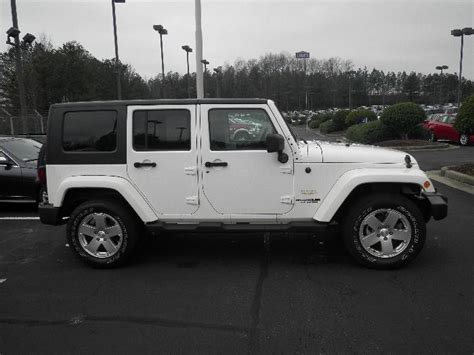 Four Door White Jeep White Jeep 4 Door Jeep O O