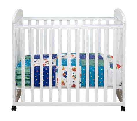 Alpha Mini Rocking Crib Da Vinci Alpha Mini Rocking Crib Dv M0598 Homelement