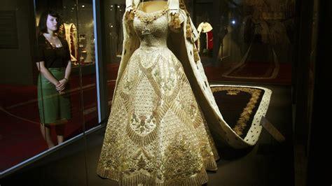 J 40420 Dress Bird 1 s coronation dress and jewels go on display itv news