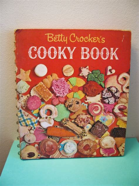 10 Cookbooks I Absolutely by 10 Best All Things Betty Crocker Cookbooks Images On