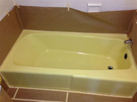 yellow bathtub yellow fiberglass tub pictures to pin on pinterest pinsdaddy