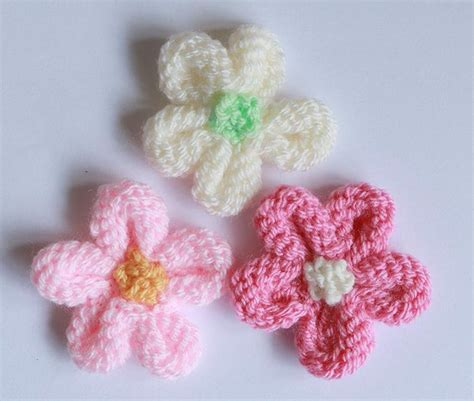 flower design knitting pattern knitted flower tutorial knitting pattern by julie taylor