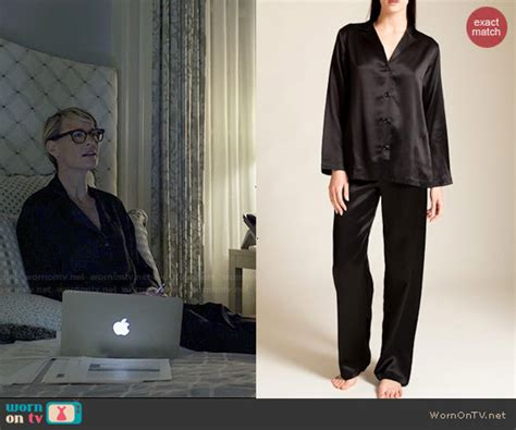 La Perla Gift Card - wornontv claire s black pajamas on house of cards robin wright clothes and