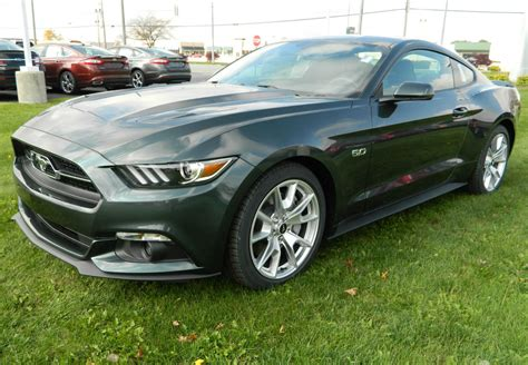 2015 mustang paint colors
