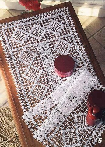 home decoration in crochet 25 colourful designs to brighten your home books free crochet patterns for table runners the 25 best