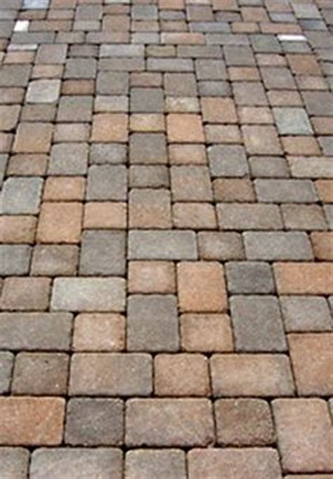 Houston Patio Pavers Herringbone Paving Is Strongest For Driveways Looks More Interesting With Random Contrast