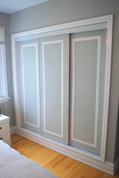 the painted closet doors might do this in my room to