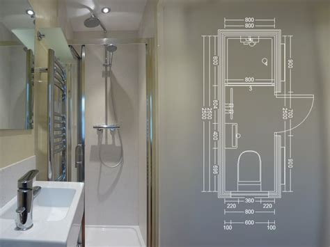 shower suites small bathrooms 25 best ideas about small shower room on pinterest