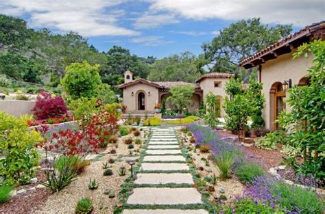 tuscan garden ideas 15 fascinating ideas of tuscan gardens that will amaze you