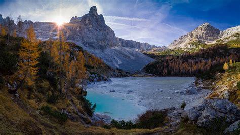 cortina dampezzo province  belluno lago  sorapis lake