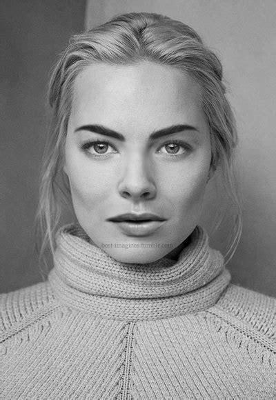 margot robbie headshot margot robbie manips tumblr