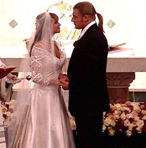 stephanie mcmahon asks triple h to sign the annulment triple h stephanie mcmahon paul levesque triple h