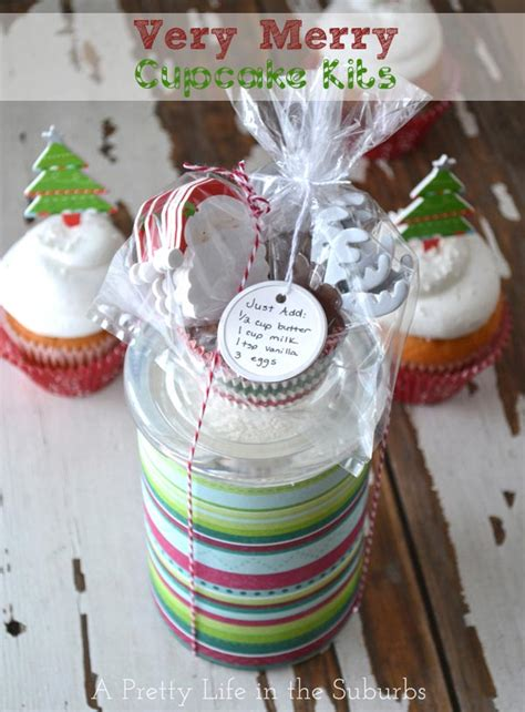 holiday gift ideas very merry cupcake gifts a pretty