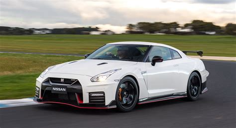 gtr nissan nismo nissan gt r nismo australian launch confirmed priced at