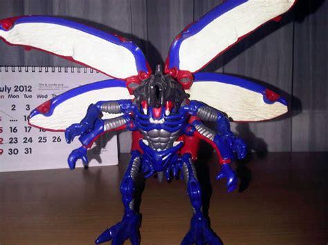 Mainan Robot Ultraman 988 3 jual mainan figure ultraman dhian toys