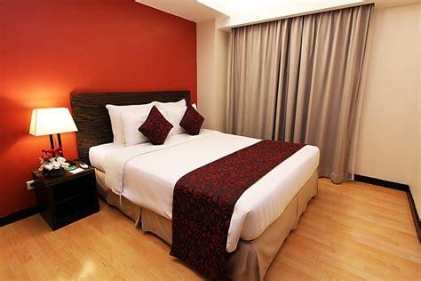 liburan  keluarga  condotel aston braga hotel