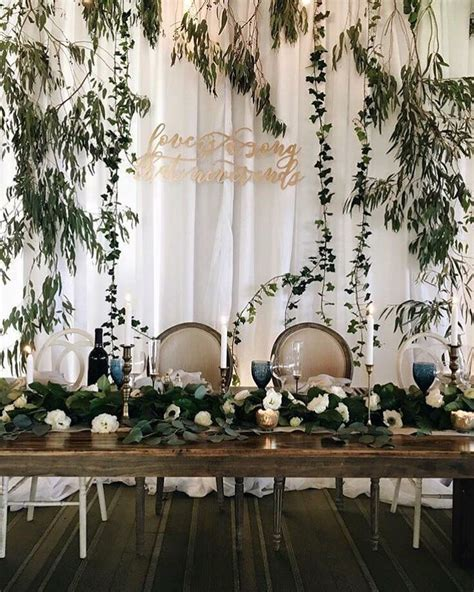 Best 25  Head table backdrop ideas on Pinterest   Barn