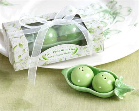 two peas in a pod centerpieces gift boxed wedding shower favors two peas in pod