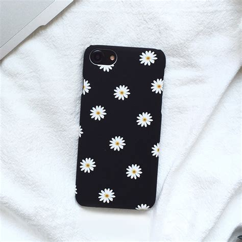ultra thin frosted cute daisy flower case  iphone