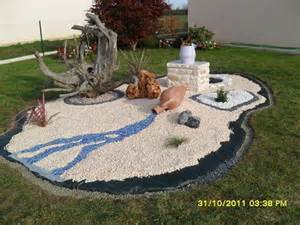 d 233 coration idee jardin avec cailloux