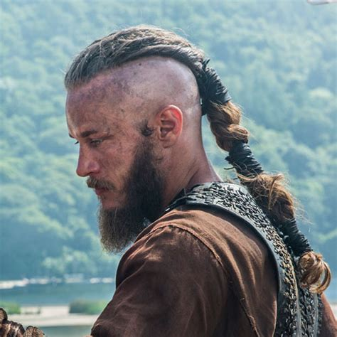 ragnar lodbrok haircut ragnar lodbrok viking new hair cut