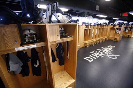 franklin marshall mayser center locker rooms get major alumni locker room open for business franklin marshall