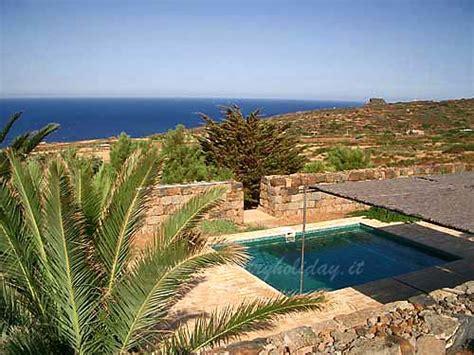 casa vacanze pantelleria casa vacanze le bughe pantelleria affitti dammusi