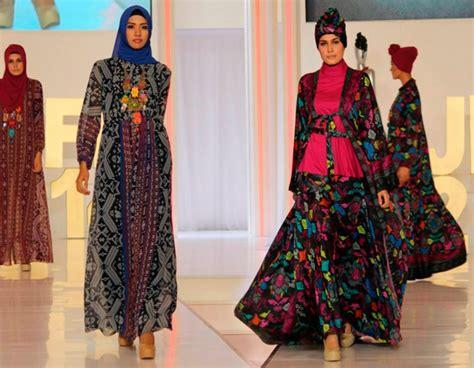 Baju Muslim Itang Yunasz Kamilaa cantiknya busana kamilaa itang yunasz co id
