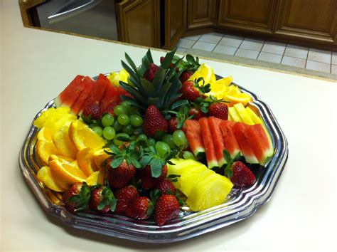 sample food platter    beautiful fruit tray  controlling quality  food