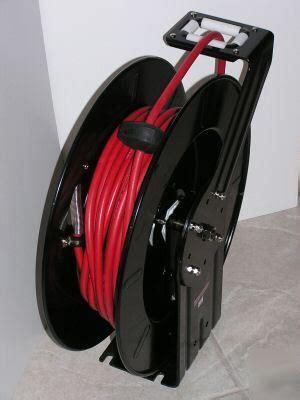 industrial retractable air water hose reel   psi