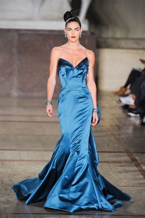 Catwalk To Carpet Bilson In Zac Posen by Who Wore Zac Posen S Iridescent Mermaid Gown Runway To