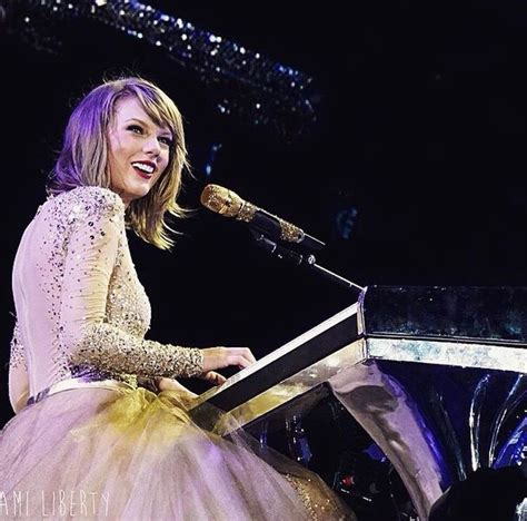 taylor swift enchanted on piano taylor swift singing quot enchanted wildest dreams quot on her